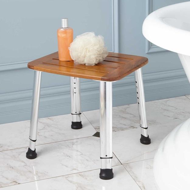 כיסא למקלחת מתכוונן בגובה