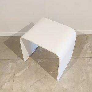"""כסא למקלחון אבן קוריאן לבן 40/31 ס""""מ"""