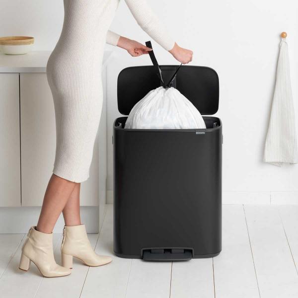 פח אשפה למטבח פדל 60 ליטר 211362-Y BO BRABANTIA שחורBATICO בטיקו