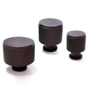 ידיות כפתור לארונות ומגירות K9093E אספרסו ב-3 גדלים